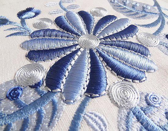 Дизайн для машинной вышивки Фантастические цветы