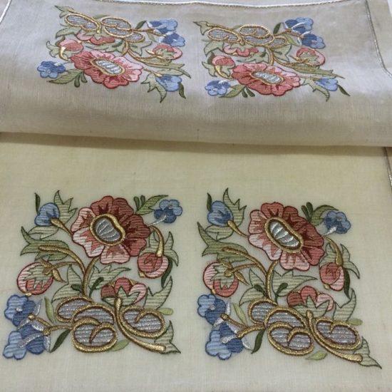 Дизайн для машинной вышивки Композиция из цветов