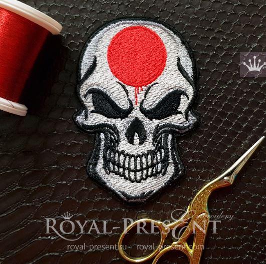 Дизайн машинной вышивки Череп Японский флаг